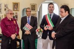 Da sx Mario Barbera Borroni, Mario Morgoni, Francesco Acquaroli e Mirco Braconi. Cerimonia del 18-6-2016 presso l'abitazione della famiglia Asciutti. Foto Sergio Ceccotti.