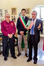 Da dx Mario Morgoni, Francesco Acquaroli e Mario Barbera Borroni. Cerimonia del 18-6-2016 presso l'abitazione della famiglia Asciutti. Foto Sergio Ceccotti.