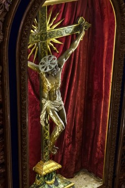 Antico Crocifisso Sec. XVI Chiesa di San Sisto - Monastero Benedettine di Santa Caterina in San Sisto a Potenza Picena - Foto Sergio Ceccotti.