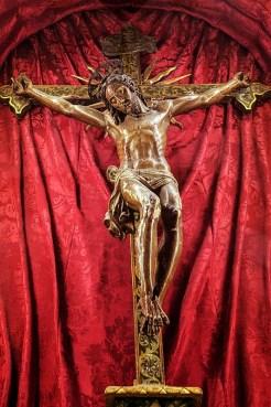 Antico Crocifisso Sec. XVI Monastero Benedettine di Santa Caterina in San Sisto a Potenza Picena - Foto Sergio Ceccotti.