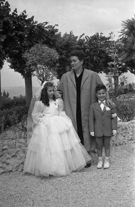 """6. Famiglia Gelosi Franco e Fabiana e Giampaoli Gina - Fototeca Comunale """"B. Grandinetti"""""""