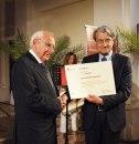 Il Prof. Luigi Miti insieme al Sindaco Sergio Paolucci. Foto Nico Coppari.
