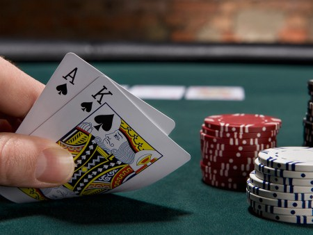 How to Play Blackjack Online in 2021: Step By Step Guide For Beginners