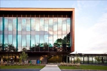 University of Toronto campus building [University of Toronto Canada]