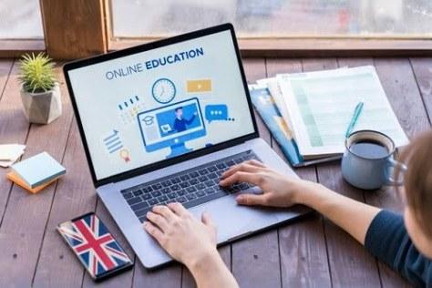 Girl taking language courses online