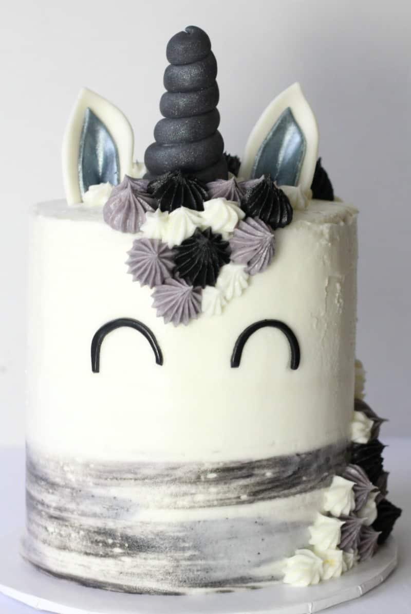 A Manly Unicorn The Manicorn Cake I Scream For Buttercream