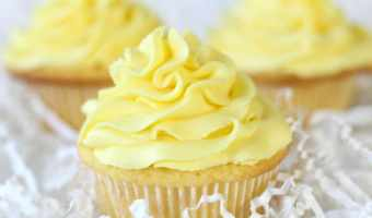 Lemon Sour Cream Cupcakes with Lemon Buttercream