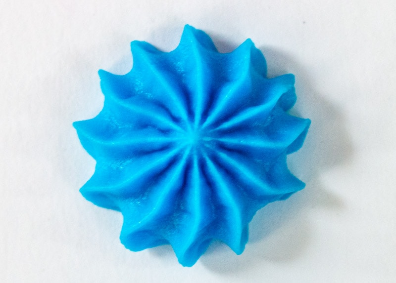 blue piped buttercream