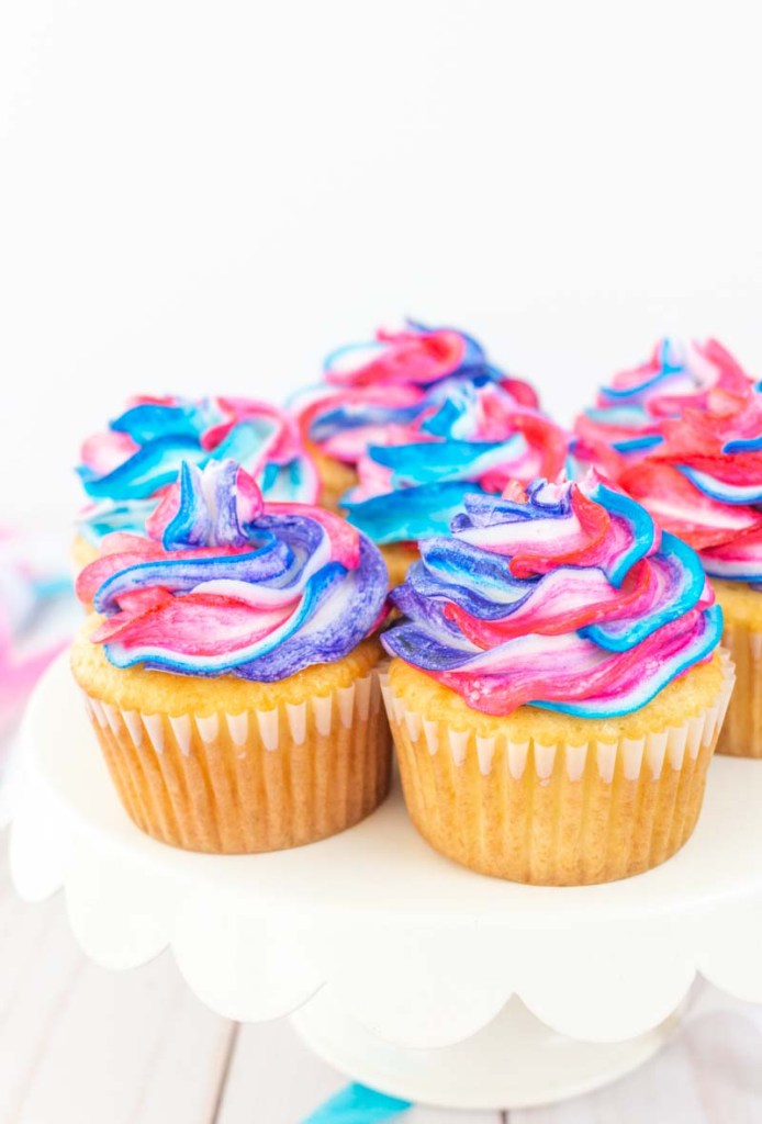 Blue and pink marbled cupcakes