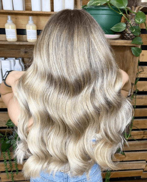 rachel hair stylist image 1 blonde wavy hair