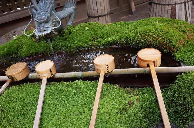 下諏訪の温泉水