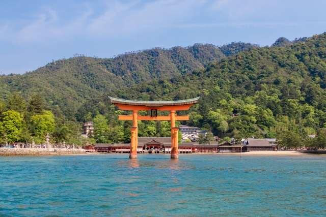厳島神社(広島・宮島)