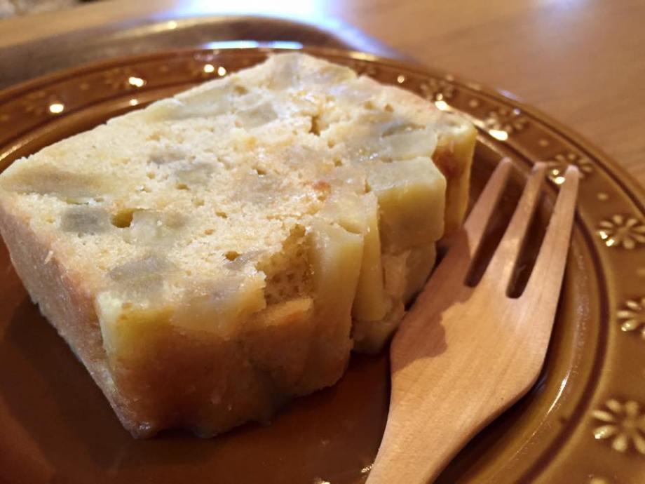 サツマイモのパウンドケーキ伊勢カフェ