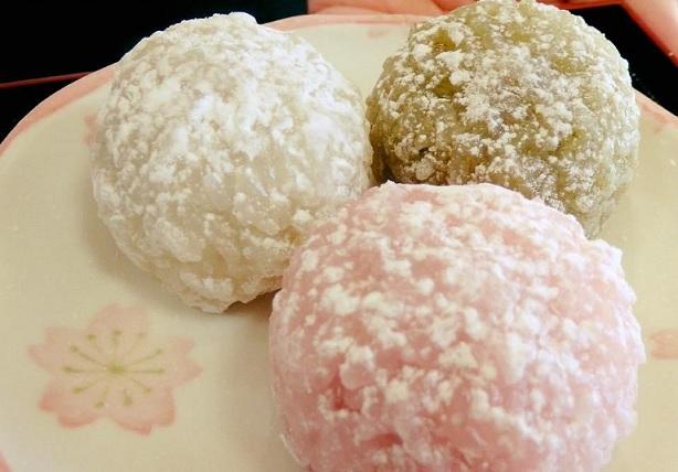 伊勢には名物餅がいっぱい!伊勢二見の「くうや勘助餅」さん地元民にも人気のお餅屋さんです。