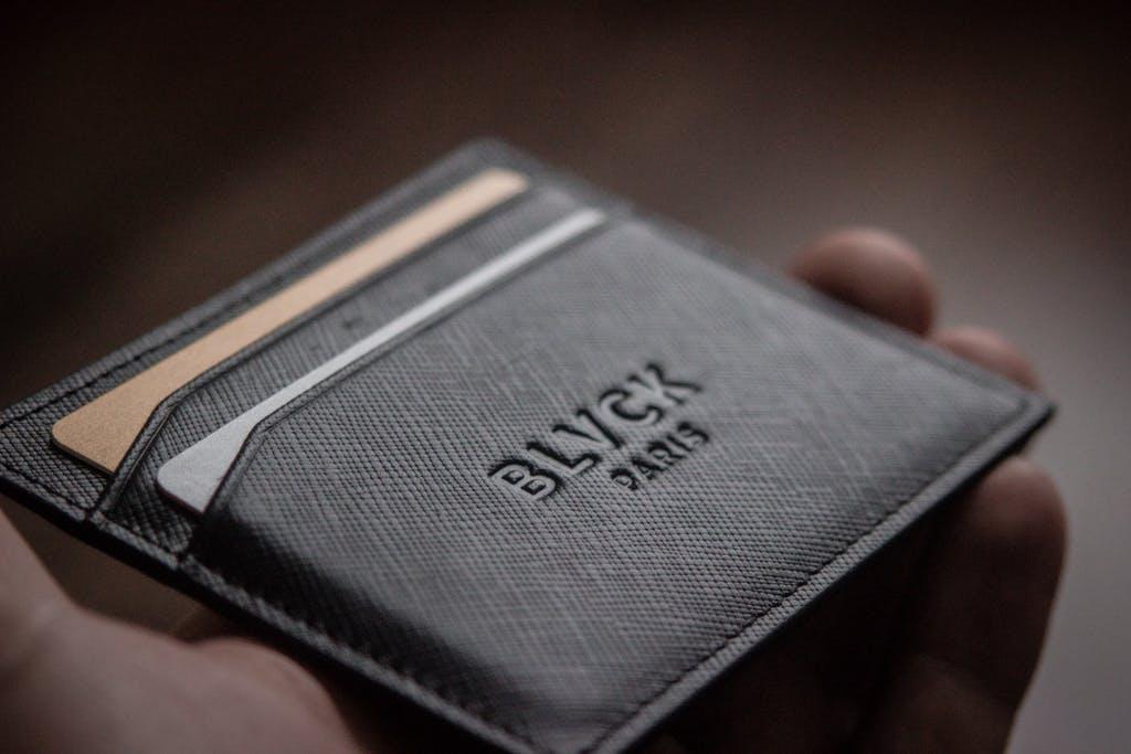 black paris cardholder review