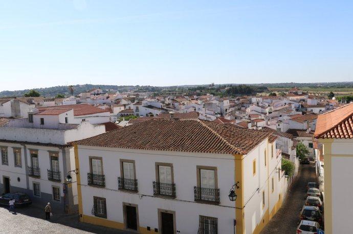 Evora Town