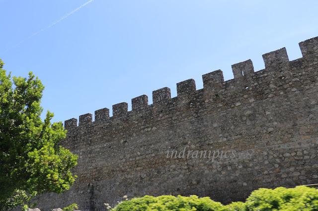 Evora Wall