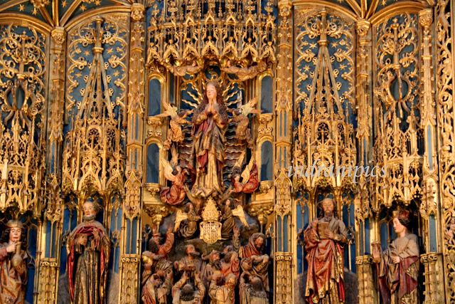 Altar at Cathedral of Coimbra