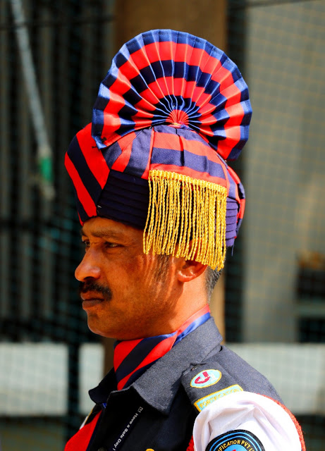 faces of india 271 guard pagri