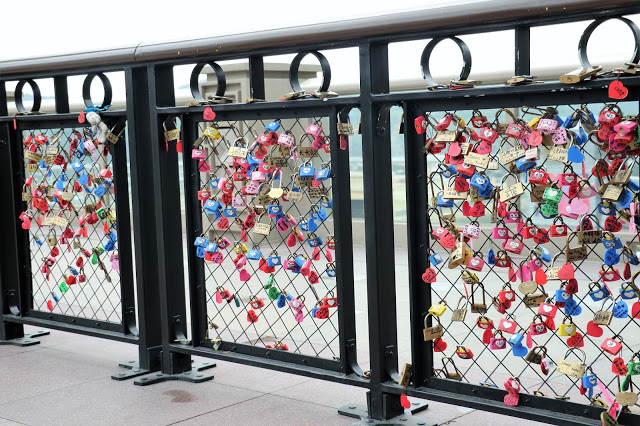 Love Lock Bridge at The Parisian Macao