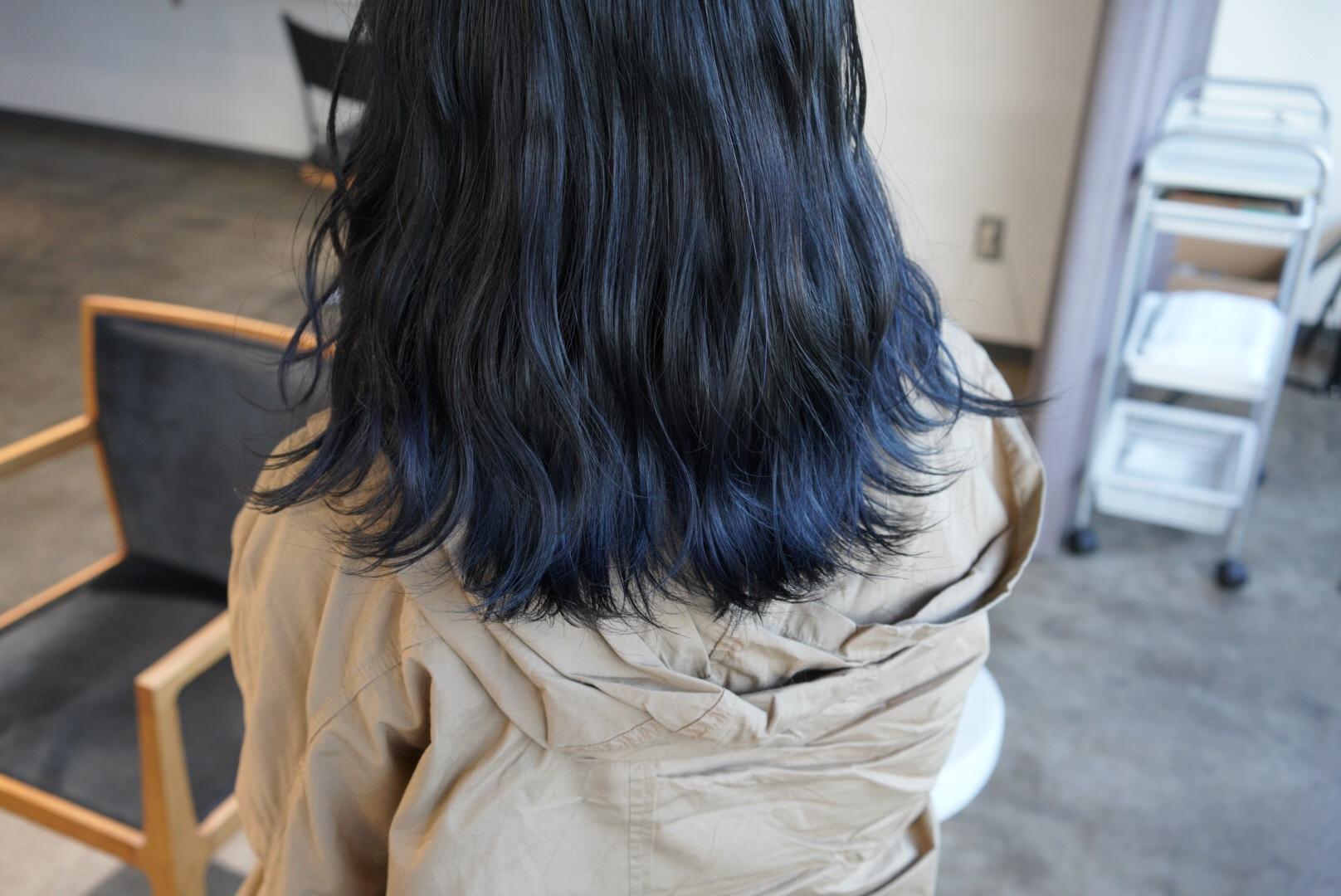 カラー 黒髪 ベース グラデーション
