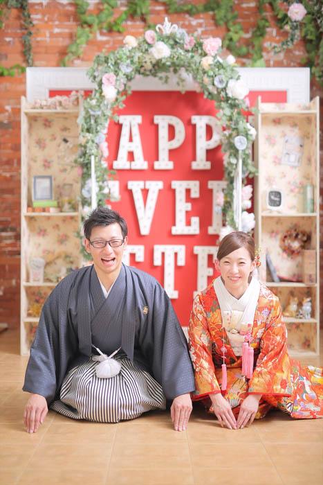 前撮りフォトウエディングが出来るISHIKURI PHOTO STUDIOのスタジオ撮影風景