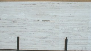 ホワイトトラバーチン イタリアの白色系大理石のご紹介