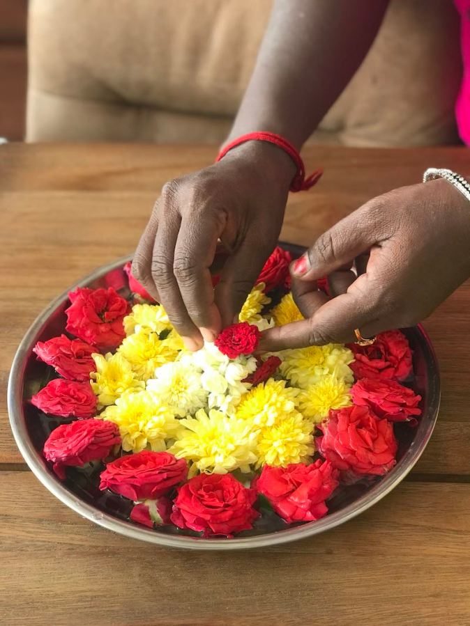 Flower decoration at home by Lady Priya