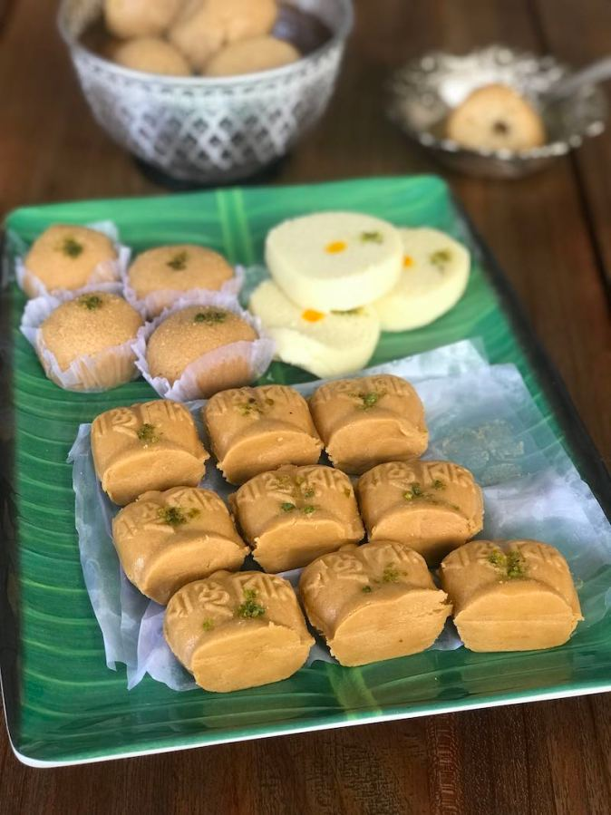 Different kind of Bengali shondesh