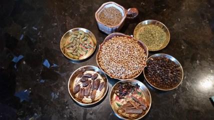 Coriander, Cumin, Cardamom, black pepper, cloves, Cinnamom & Fennel
