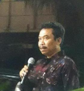 Dr. Agus Burhan, Rektor ISI Yogyakarta memberikan sambutan pada pembukaan pameran dan penayangan seni media rekam di Jogja Gallery
