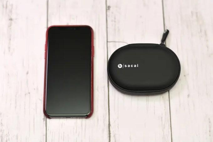 キャリングケースとiPhone X