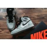NIKE SB × Air Jordan 1 / SNKRS (by Instagram)
