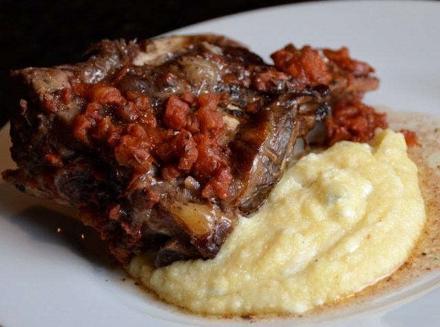 Slow Cooker Country Beef Short Ribs With Gorgonzola Polenta