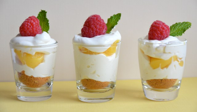 Mini Lemon-Berry Cheesecake Shooters