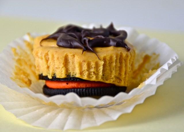 Halloween Oreo Pumpkin Cheesecake