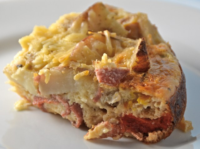 Slow Cooker Potato And Turkey Bacon Quiche
