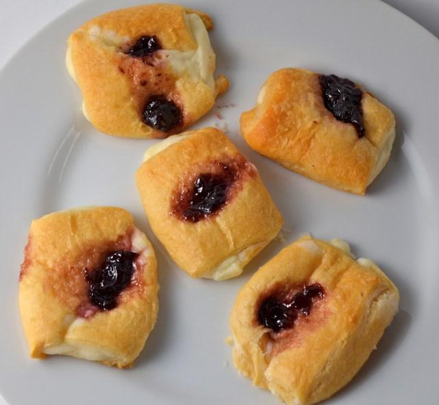 Easy Cream Cheese And Fruit Danish