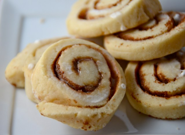 Bite-Size Cinnamon Roll Cookies
