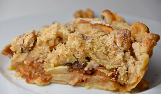 Brandied Caramel-Apple Pie