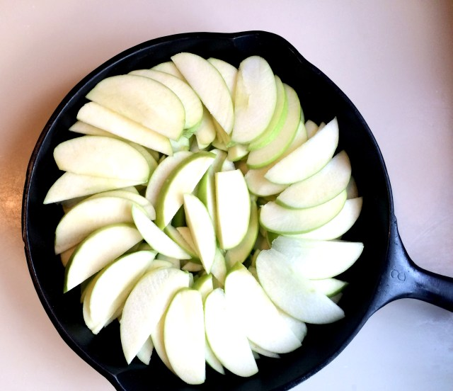 Apples in skillet