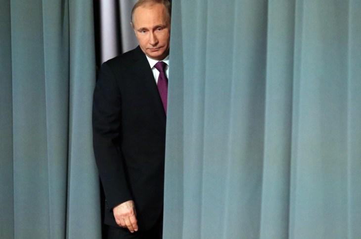 Newt Gingrich Defends Donald Trump's Russian Comment as Joke