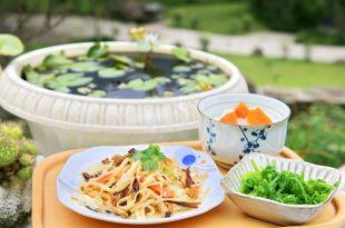 【南庄-老街-景點-美食-一日遊】民宿+餐廳推薦,13道非吃不可的南庄美味