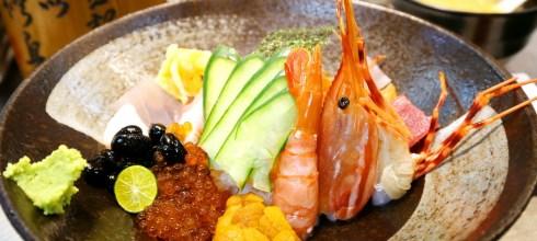 【基隆仁愛市場-生魚片蓋飯推薦】加園日本料理,海膽+牡丹蝦+鮭魚腹,排隊名店!