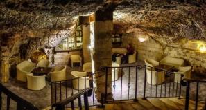 grotto-tavern