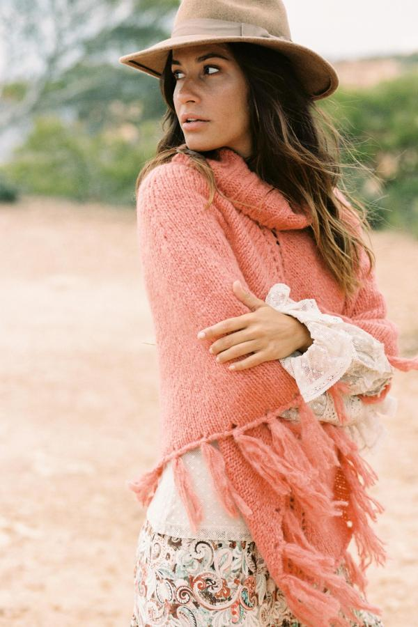 Knitted Poncho Chilly - Orange