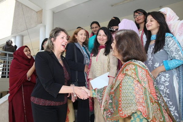 FJWU Vice Chancellor Dr. Samina Qadir and U.S. Embassy Islamabad Counselor for Public Affairs Christina Tomlinson in Rawalpindi