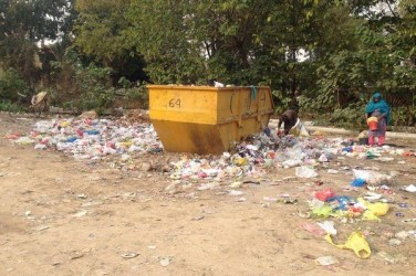 No clean environment for those who keep the city clean. Photo by Zakhia Irfan