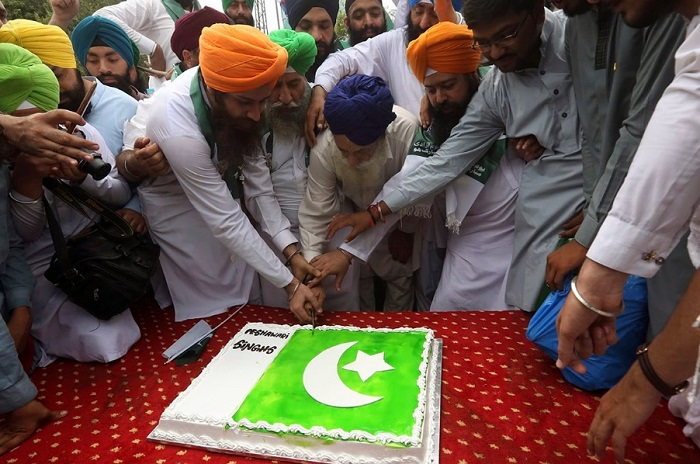 Pakistani Sikh community celebrate the 70th Independence Day in Peshawar, Pakistan on Aug. 14, 2017. - AP/Muhammad Sajjad
