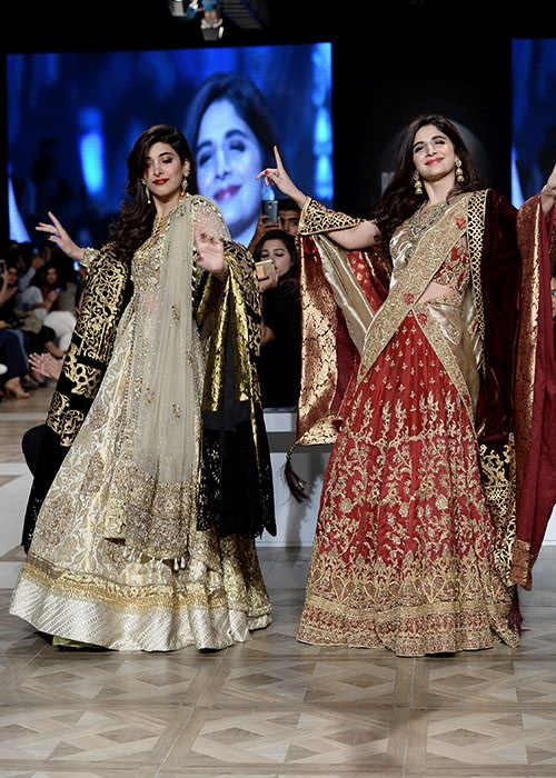 Urwa and Mawra Hocane for IVY